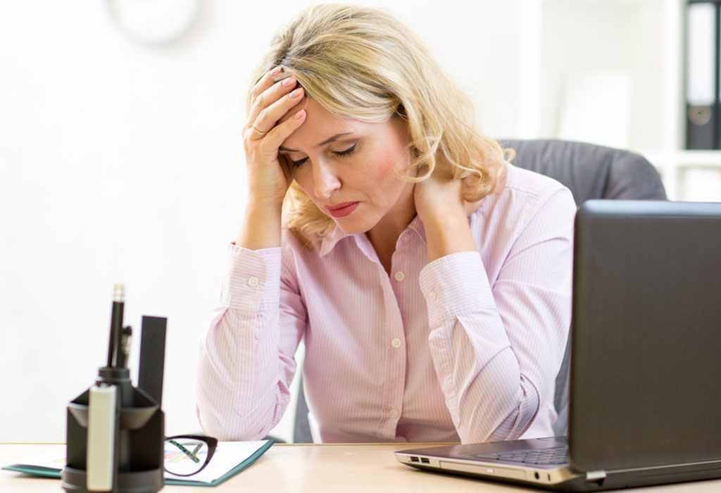 Simptome care pot identifica menopauza timpurie